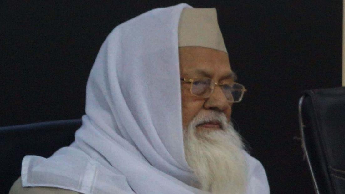 مسلمان ہمت و حکمت کے ساتھ حالات کامقابلہ کریں: مولانا رابع حسنی ندوی