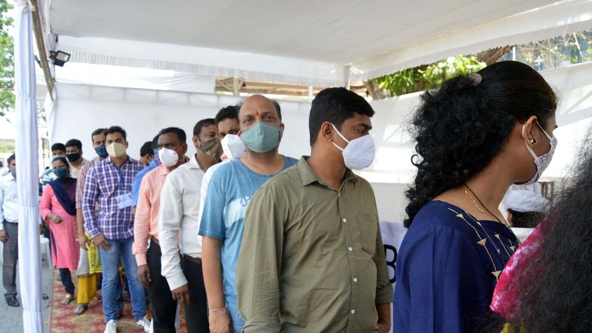 کورونا بحران: دہلی اور مہاراشٹر سمیت کئی ریاستوں کے معاملوں میں گراوٹ