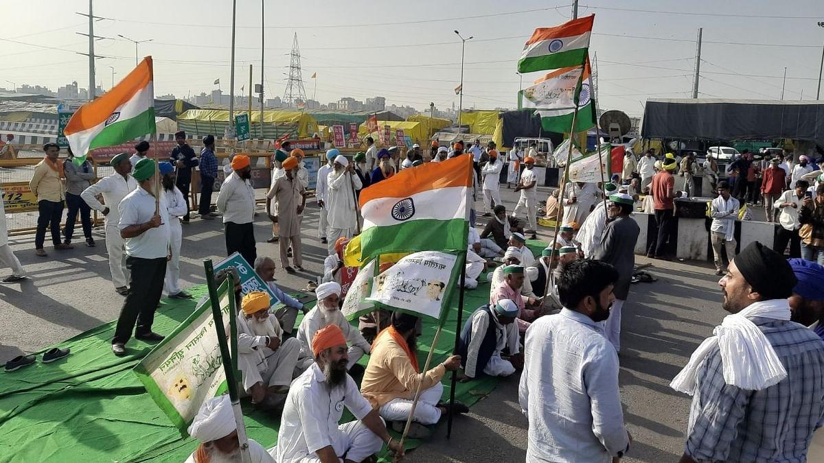 کسان تحریک کے چار مہینے مکمل، 12 گھنٹے کا 'بھارت بند' شروع