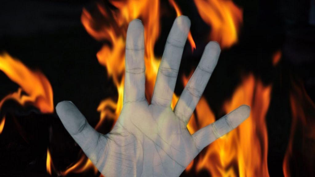 بہار: بیگو سرائے میں انسانیت سوز واقعہ، پودا اکھاڑنے کے الزام میں پڑوسی کی بچی کو زندہ جلایا