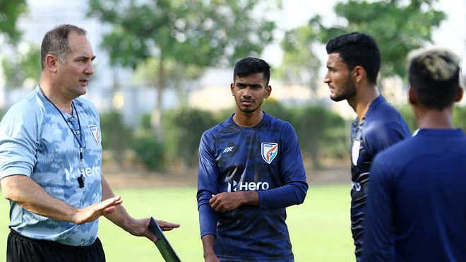 فٹ بال: ہندوستان بغیر کسی خوف کے یو اے ای کے خلاف میدان میں اترے گا
