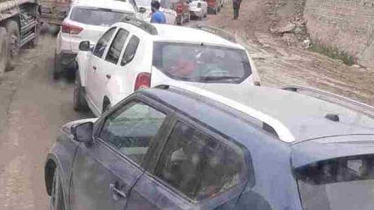 کشمیر ٹریڈ الائنس نے کیا باہر کی گاڑیوں کا دوبارہ رجسٹریشن کرانے کے خلاف سری نگر میں احتجاج
