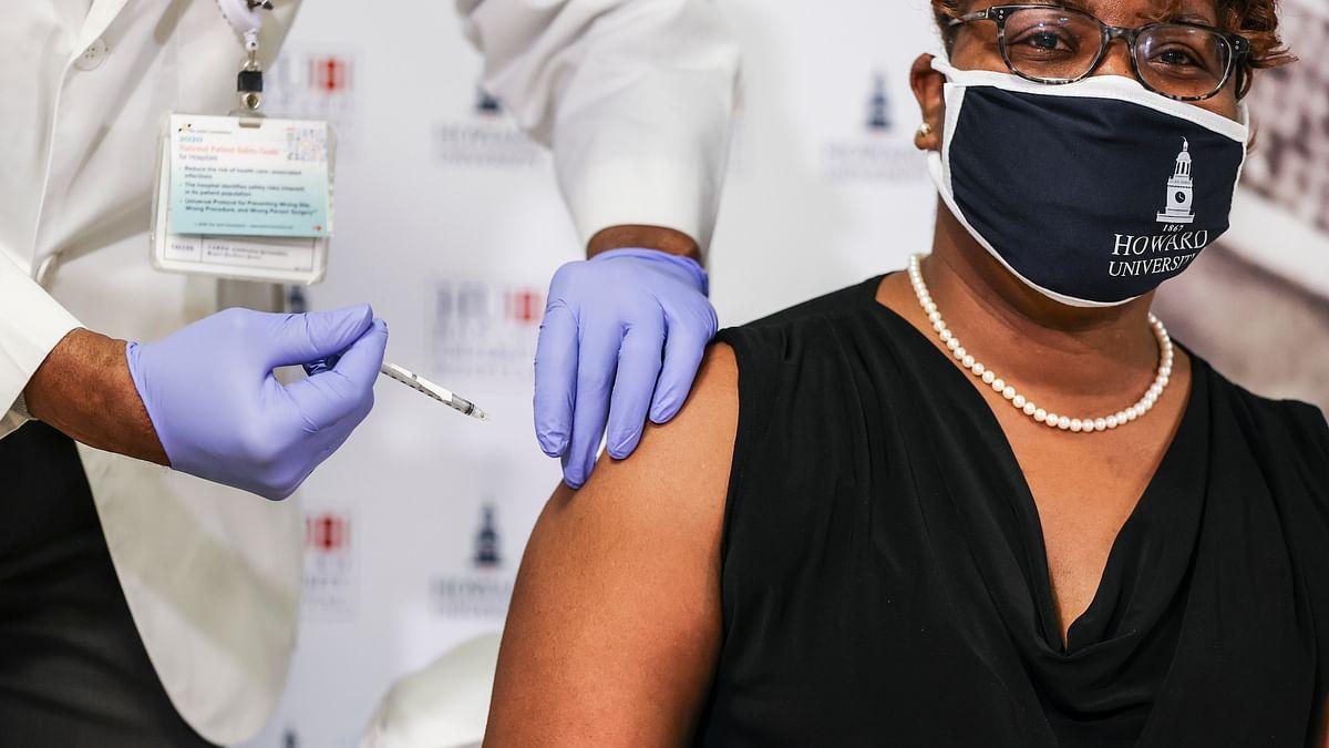 تفریق کی وجہ سے دنیا میں کووڈ-19 کی وبا مزید 7 سال مسلط رہ سکتی ہے: ماہرین