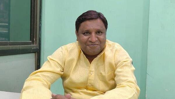 کانگریس امیدوار رضا الحق / تصویر بشکریہ ون انڈیا بنگالی