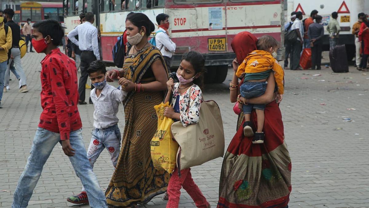 راہل گاندھی کی حکومت سے مہاجر مزدوروں کے بینک کھاتوں میں رقم جمع کرانے کی اپیل