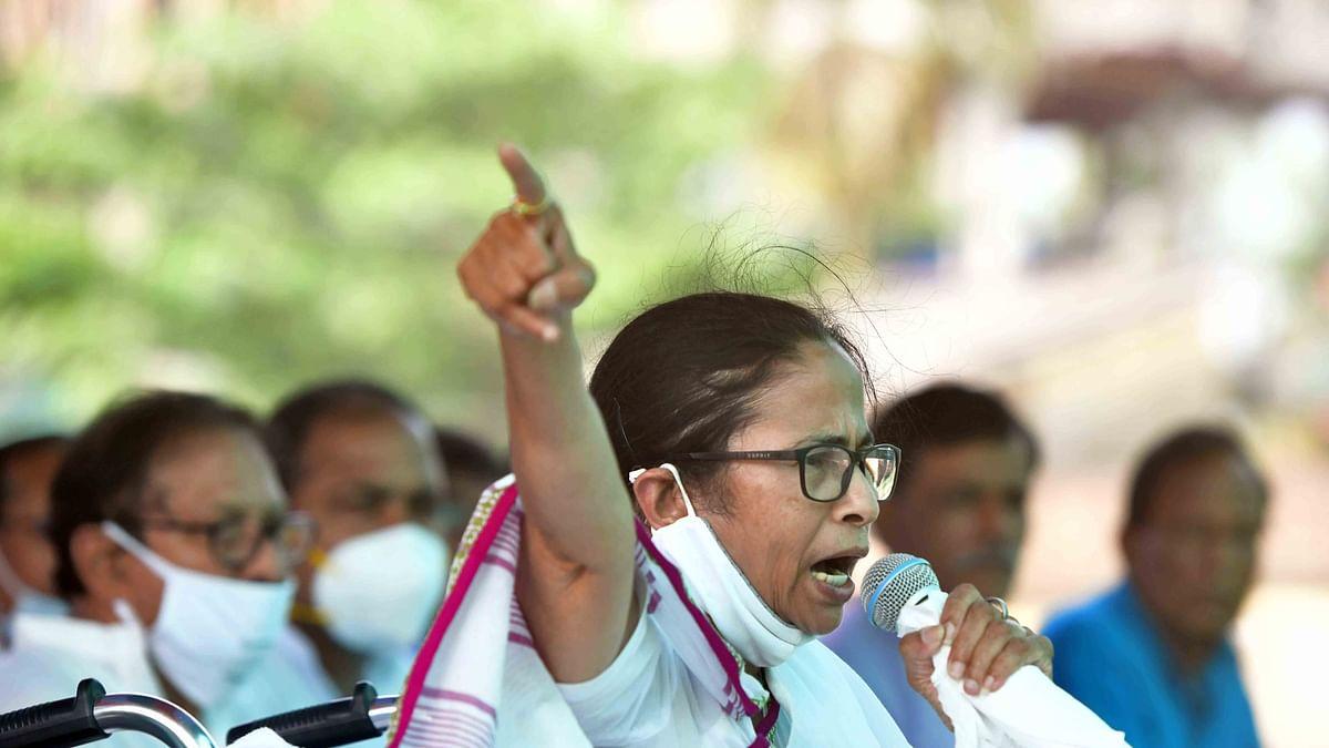 اہم خبریں: انتخابی منشور کے مطابق ترجیحی بنیادوں پر سب کے لئے ویکسین کا بندوبست کیا جائے، پرینکا گاندھی