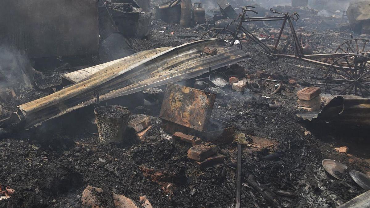 اورنگ آباد: خوفناک آتشزدگی میں کئی گھر خاکستر، تین بچوں کی موت