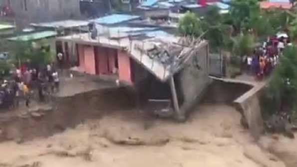 انڈونیشیا میں طوفانی بارش، سیلاب اور لینڈ سلائیڈنگ سے 50 افراد ہلاک