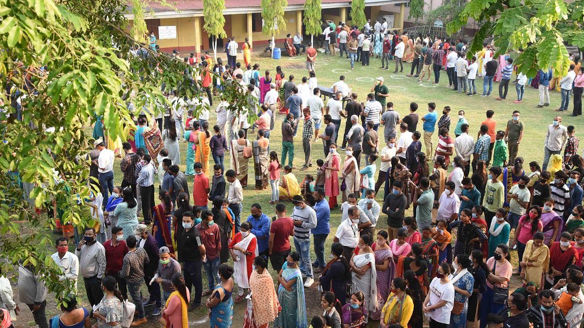 اسمبلی انتخابات: 5.30 بجے تک بنگال میں 78 اور آسام میں 79 فیصد پولنگ