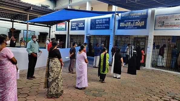 سخت سیکورٹی کے درمیان 5 ریاستوں میں ووٹنگ کا آغاز