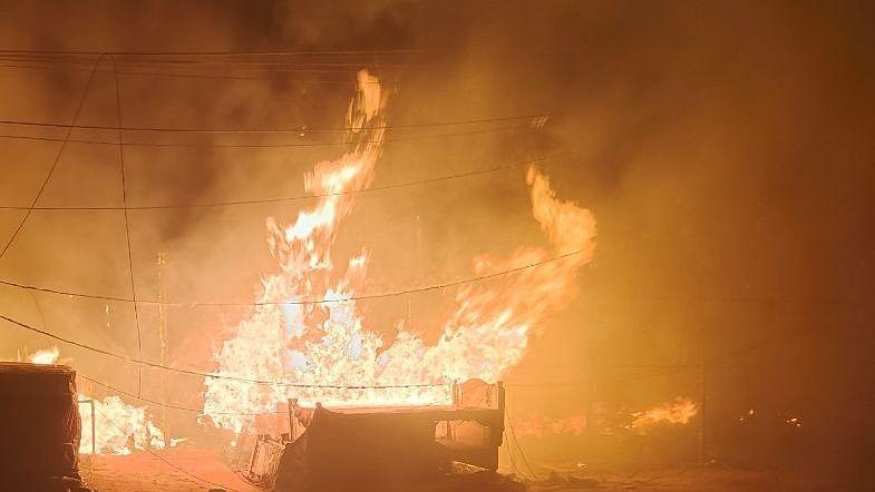 سمستی پور میں آگ سے جھلس کر تین افراد کی موت