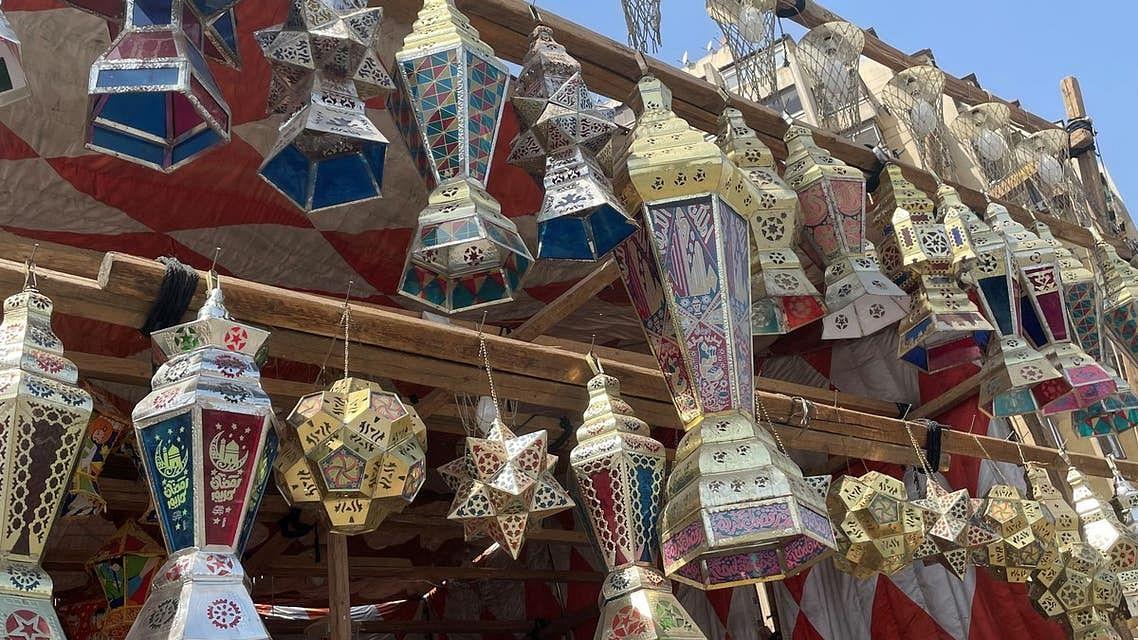 مصر: کورونا کی وبا سے رمضان میں سجاوٹی فانوسوں کا کاروبار بری طرح متاثر