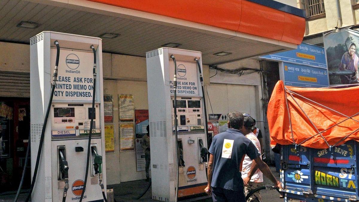 تیل کی قیمتوں میں اضافہ جاری، ممبئی میں ایک لیٹر پٹرول 98.12 روپے