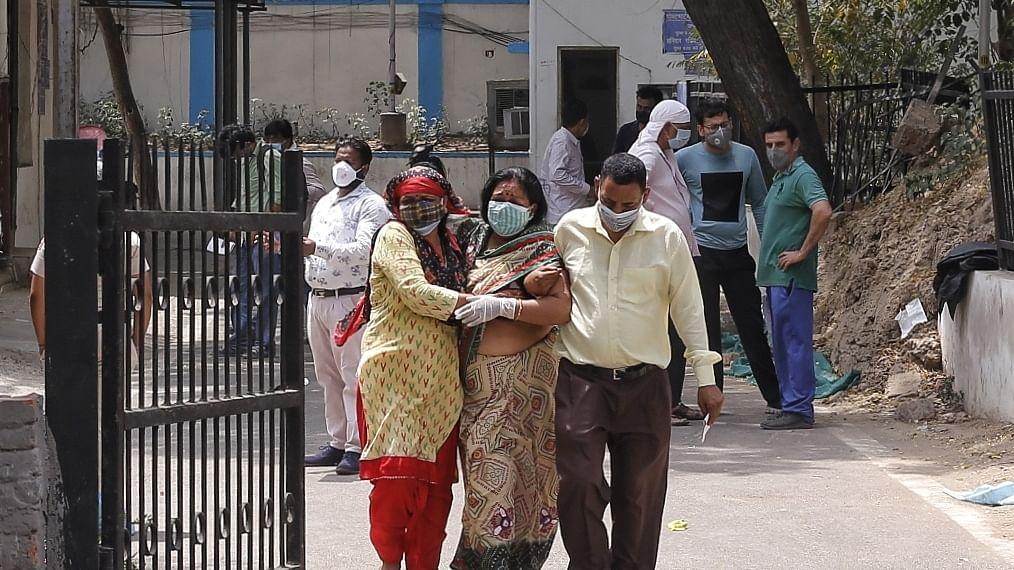 ہندوستان میں کورونا کا قہر جاری، ایک دن میں 4 لاکھ 14 ہزار سے زیادہ نئے معاملے
