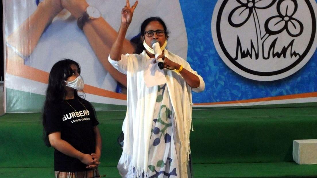 ممتا الیکشن کمیشن کے خلاف سپریم کورٹ جائیں گی