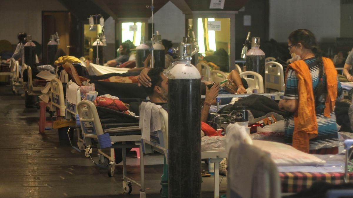 ایک دن میں 4 لاکھ 12 ہزار کورونا کے نئے مریض اور چار ہزار کے قریب اموات