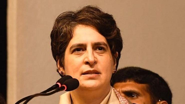 یہ وقت وزیر اعظم ہاؤس پر ہزاروں کروڑ خرچ کرنے کا نہیں: پرینکا گاندھی