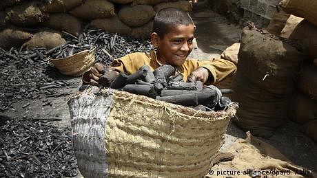 کوئلے کی کانیں اور پاکستان کے مزدور بچے