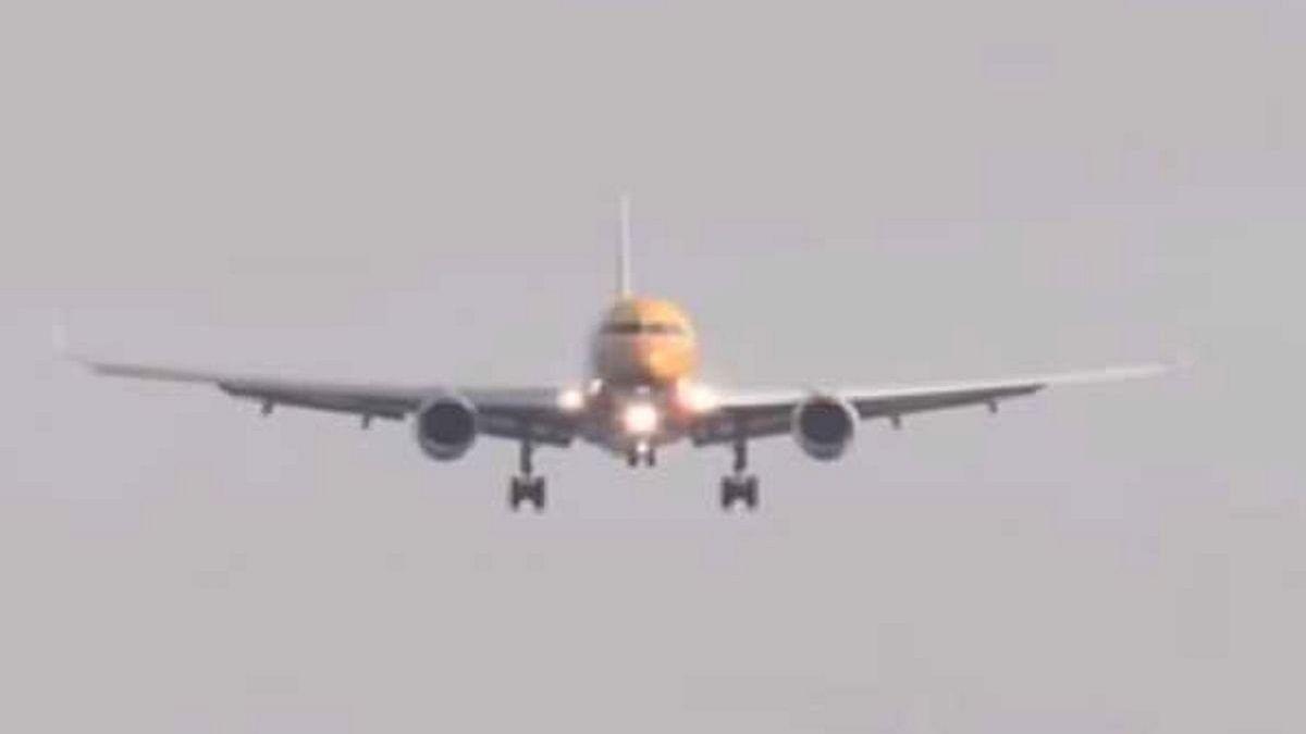کورونا: یو اے ای نے پاکستان، بنگلہ دیش، نیپال اور سری لنکا کے مسافروں پر پھر لگائی پابندی