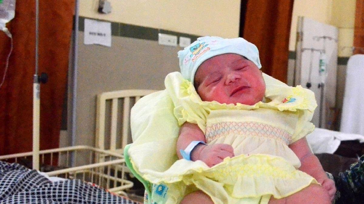 بارہ بنکی: نور فاطمہ نے 4 بچوں کو دیا جنم، ایک کی موت، تین کی حالت نازک