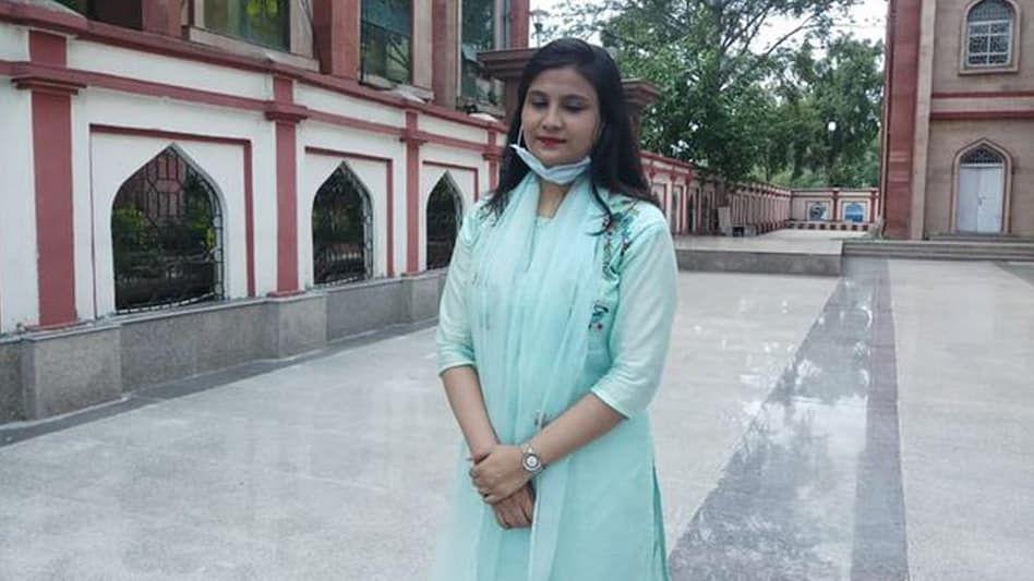 بہار: رضیہ سلطان نے تاریخ رقم کی، ڈی ایس پی بننے والی ریاست کی پہلی مسلم  خاتون