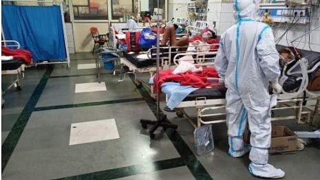 طبی عملہ پر حملہ کرنے والوں کے ساتھ ریاستوں کو سختی سے نمٹنا چاہیے: وزارت داخلہ