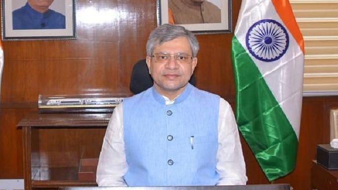 'ہندوستان میں کام کرنے والوں کو یہاں کے قانون پر عمل کرنا ہی ہوگا'