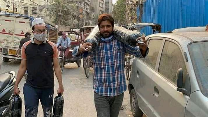 کورونا بحران میں مسیحا بنے پرانی دہلی کے کنور شہزاد پر بنی شارٹ فلم 'آکسیجن مین' ریلیز