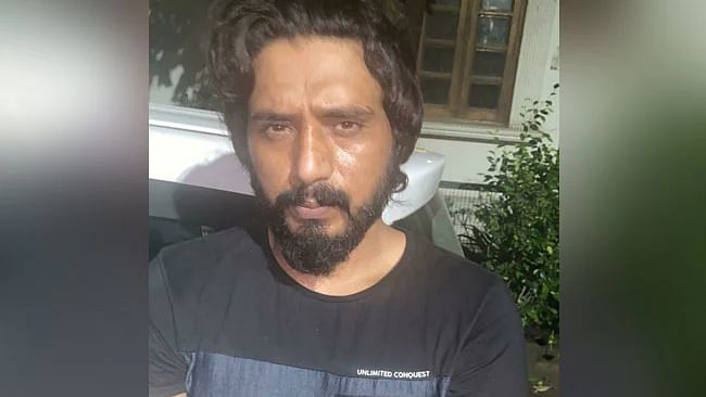دہلی کا انتہائی مطلوبہ گینگسٹر کالا جٹھیڑی گرفتار، سر پر 7 لاکھ کا انعام تھا