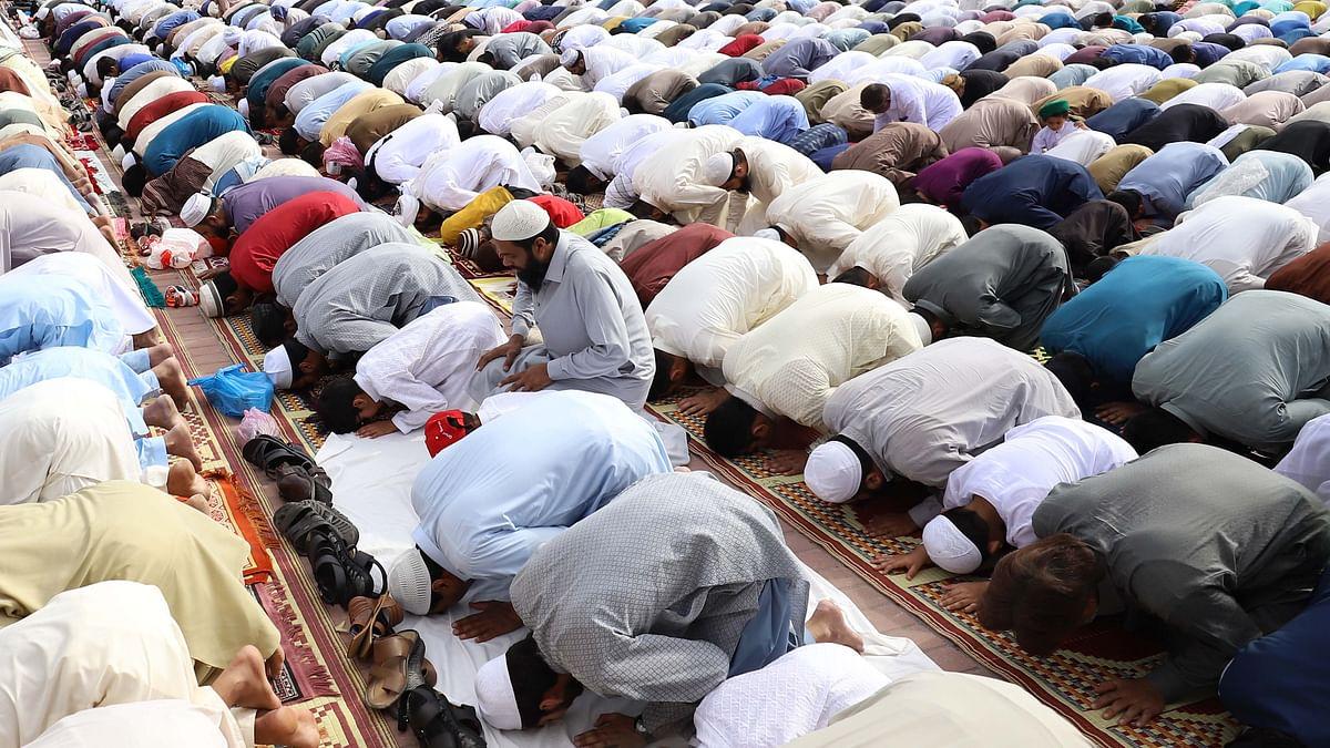 آندھرا: عید الاضحیٰ کی نماز کھلے مقامات پر ادا کرنے سے گریز کریں، نائب وزیر اعلیٰ امجد باشا