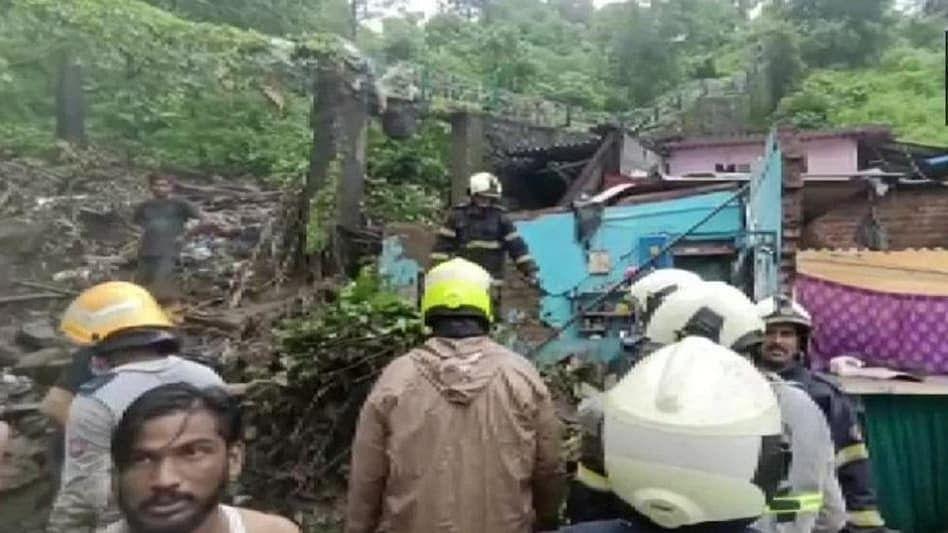 ممبئی میں موسلادھار بارش، کئی مکانات اور دیوار منہدم، اب تک 14 افراد ہلاک