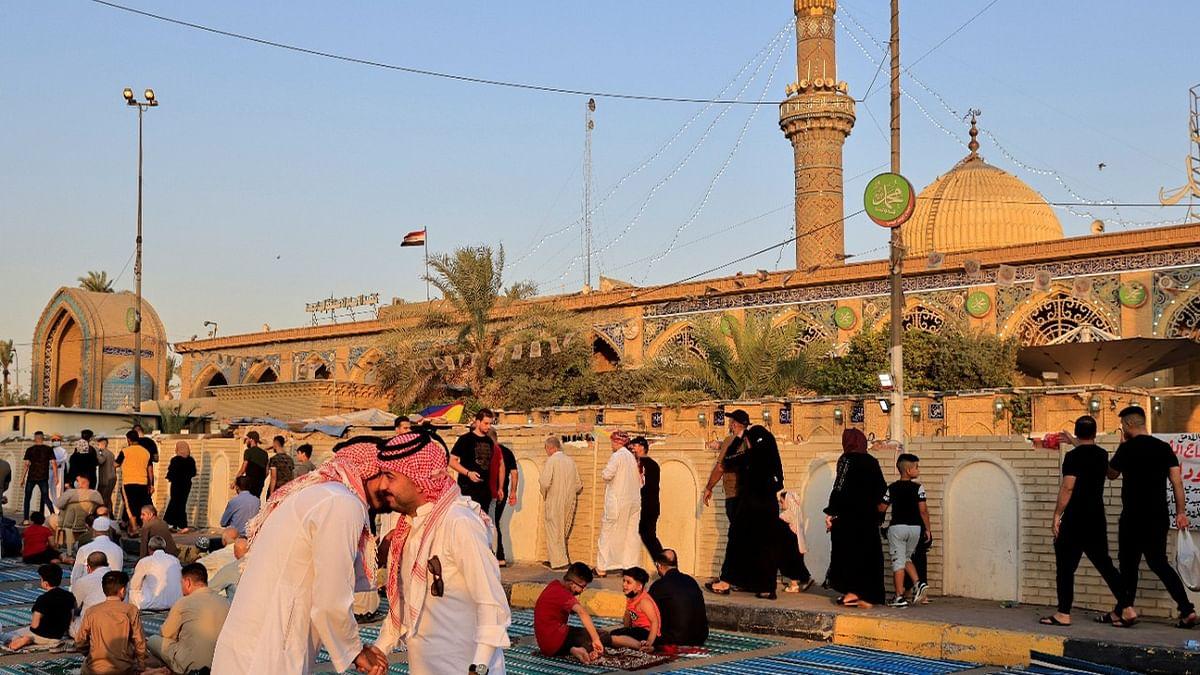 عید الاضحیٰ کی نماز کا منظر / ٹوئٹر / @URDUVOA