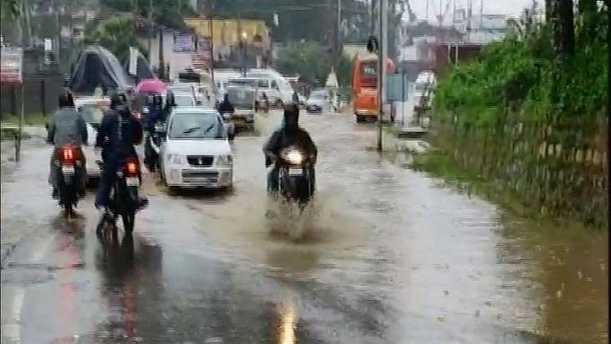 مدھیہ پردیش میں مانسون کے فعال ہونے کی وجہ سے کئی اضلاع میں موسلا دھار بارش