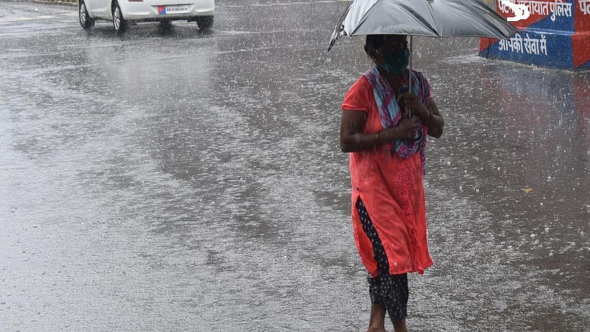 راجستھان کی راجدھانی جے پور میں بارش کی وجہ سے موسم ہوا خوشگوار