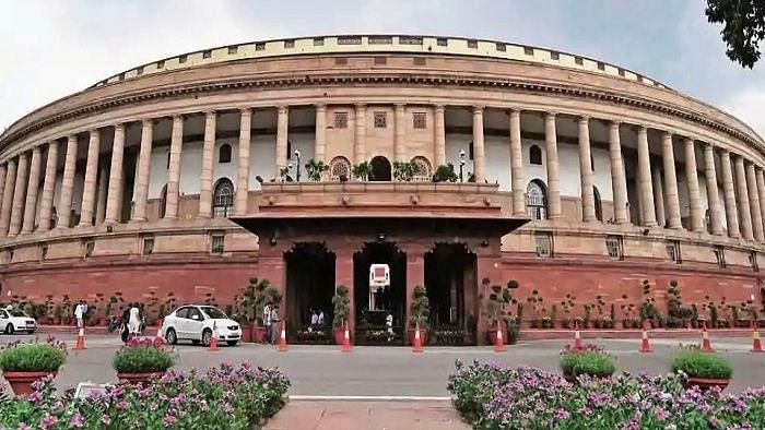 جاسوسی معاملہ کو لے کر پارلیمنٹ میں ہنگامہ کے آثار