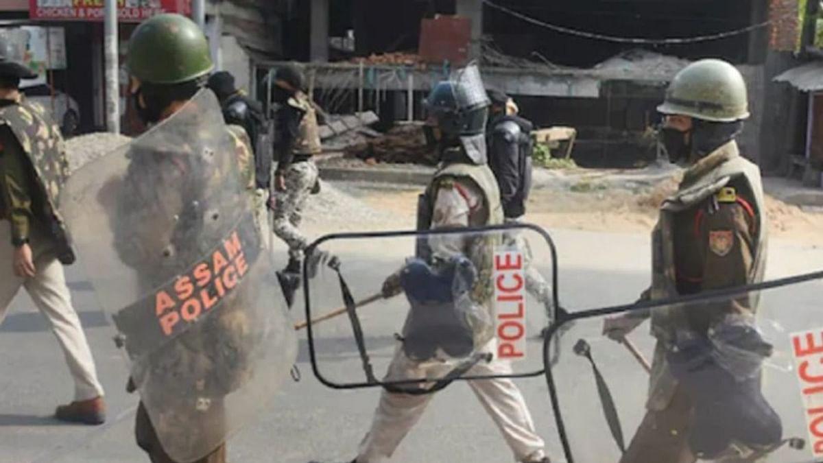 آسام: پولیس حراست میں 2 مہینوں کے دوران 23 افراد کو گولی ماری گئی! انسانی حقوق کمیشن کا از خود نوٹس