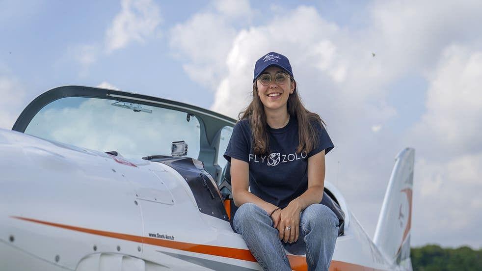 کم عمر ترین لڑکی نے بذریعہ طیارہ پوری دنیا کا چکّر لگانے کی مہم کا کیا آغاز