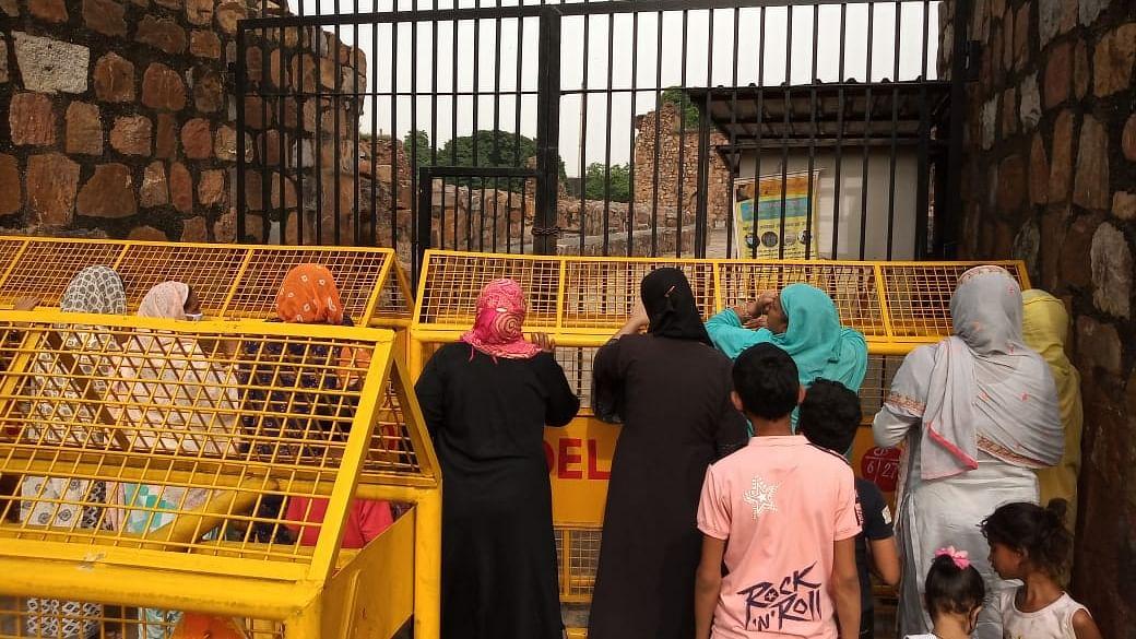دہلی کے فیروز شاہ کوٹلہ میں نماز پر پابندی، مسلم طبقہ میں غم و غصہ کی لہر