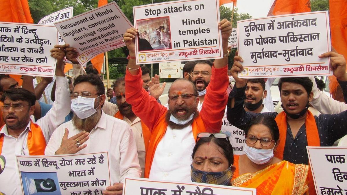 پاکستانی قومی اسمبلی میں مندر واقعہ کے خلاف متفقہ قرارداد منظور