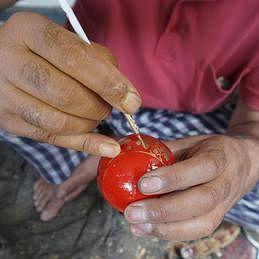 کشمیر میں پیپر ماشی کے فن کو زوال کا سامنا