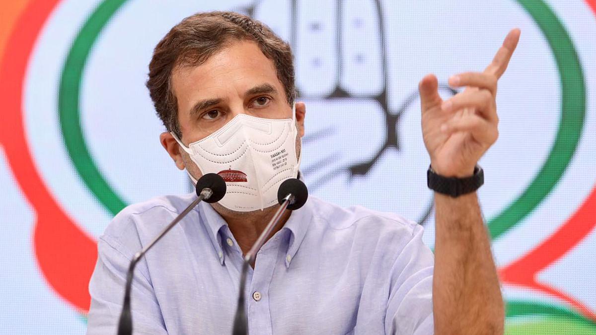 حکومت پیسہ کمانے میں مصروف، عوام کورونا سے اپنی حفاظت خود کریں: راہل گاندھی