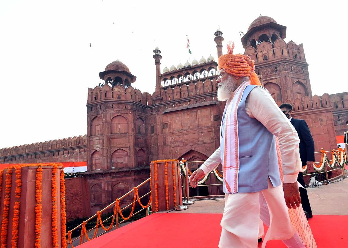 شاہجہاں کے بنوائے لال قلعہ سے وزیر اعظم کا نیا ہندوستان تعمیر کرنے کا عزم...سید خرم رضا