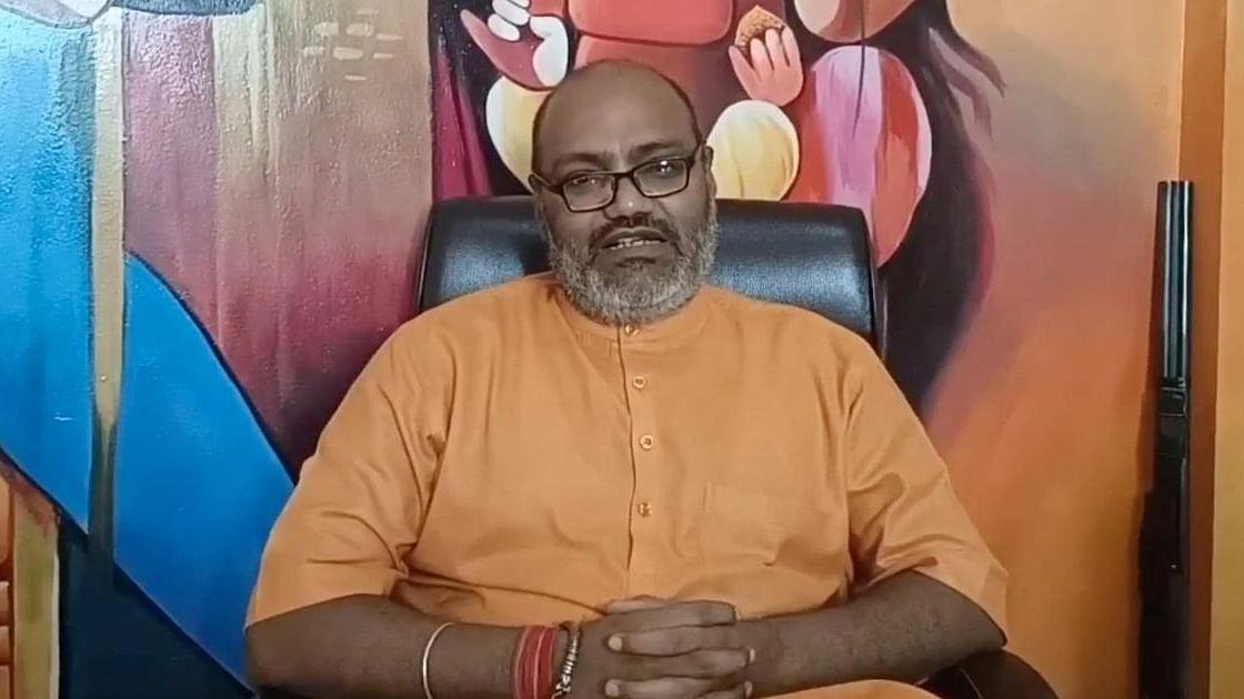 نام نہاد ہندو سنت یتی نرسمہا نند سرسوتی / تصویر بشکریہ دی اسکرال