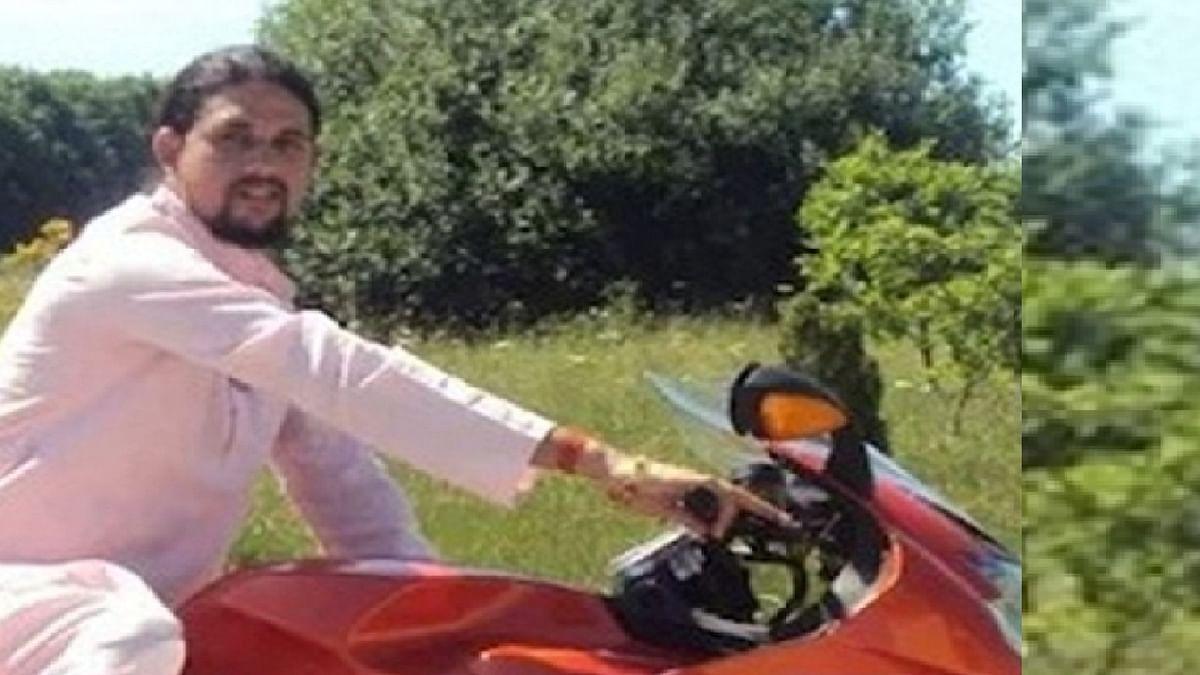ملزم آنند گری، تصویر آئی اے این ایس