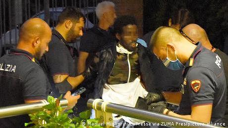 اٹلی: چاقو مار کر متعدد افراد کو زخمی کردینے والا صومالی گرفتار