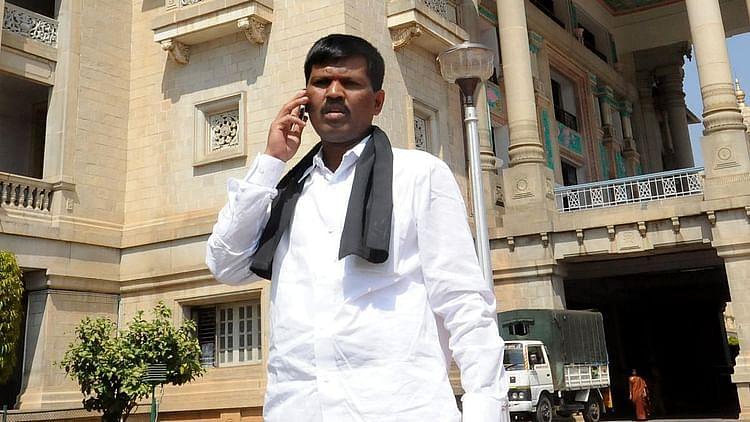 کرناٹک بی جے پی ایم ایل اے / سوشل میڈیا