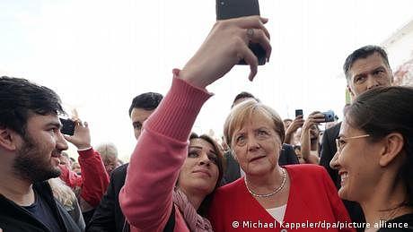 جرمن چانسلرانگیلا میرکل عالمی رہنماوں کی ریٹنگ میں اب بھی سرفہرست