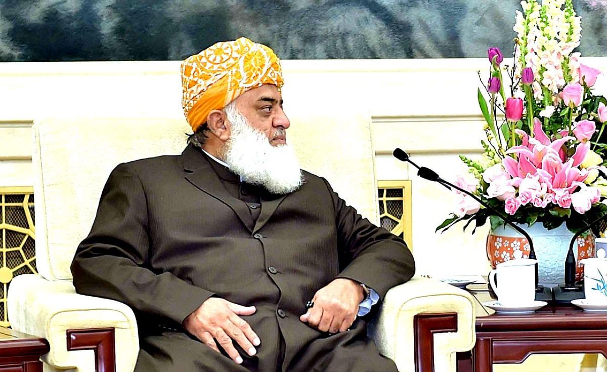 پاکستان کو طالبان حکومت کو تسلیم کرنا چاہئے: فضل الرحمن
