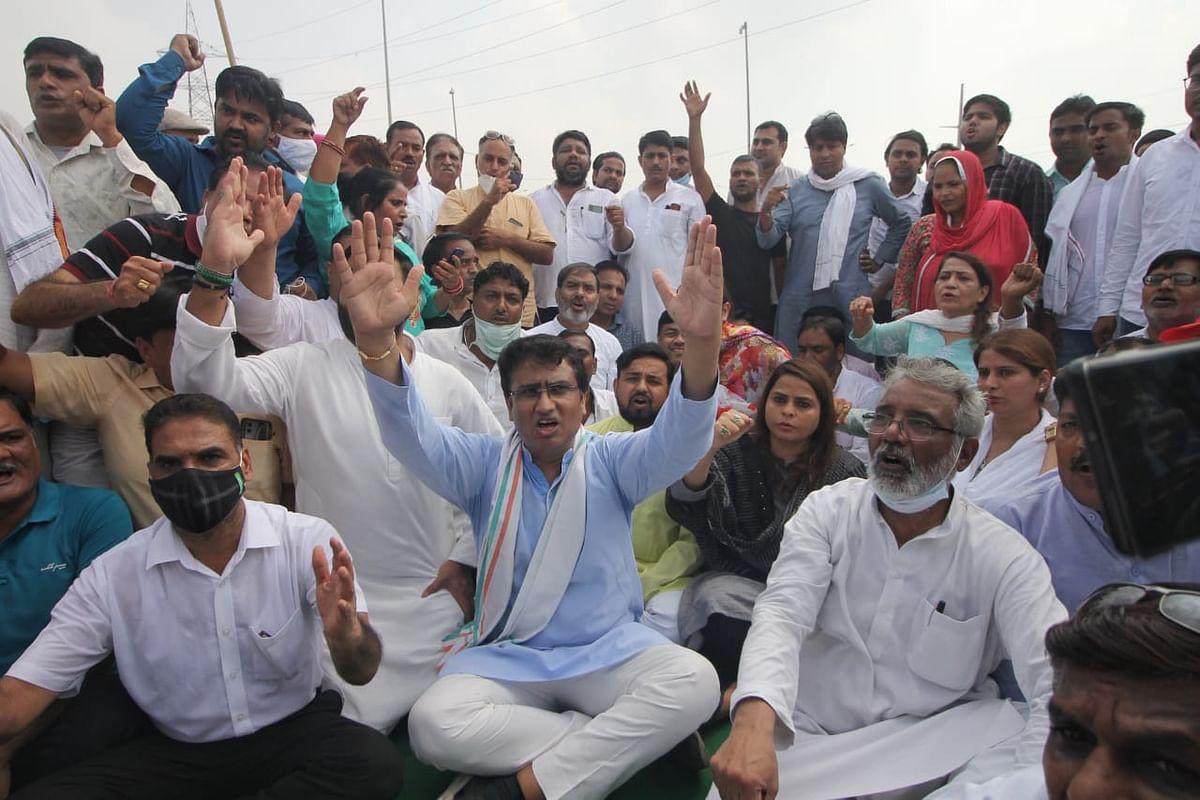 تین نئے زرعی قوانین کے خلاف کسانوں کے 'بھارت بند' کو بے پناہ حمایت