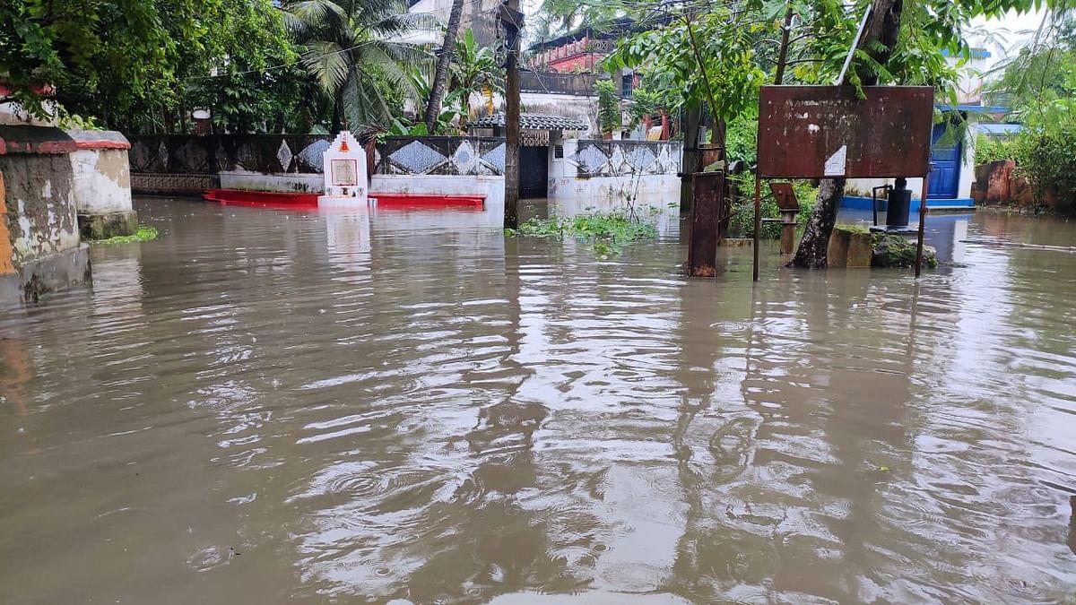 کولکاتا: ستمبر کے مہینے میں بارش کا 14 سالہ ریکارڈ منہدم، ریاست میں بھاری تباہی